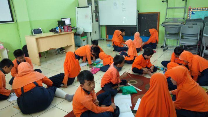 Pendidikan Karakter melalui Program 3 Pekan Pertama Sekolah  Di SD Smart School